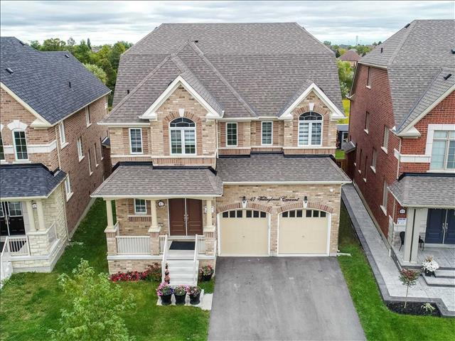 47 Valleybrook Cres