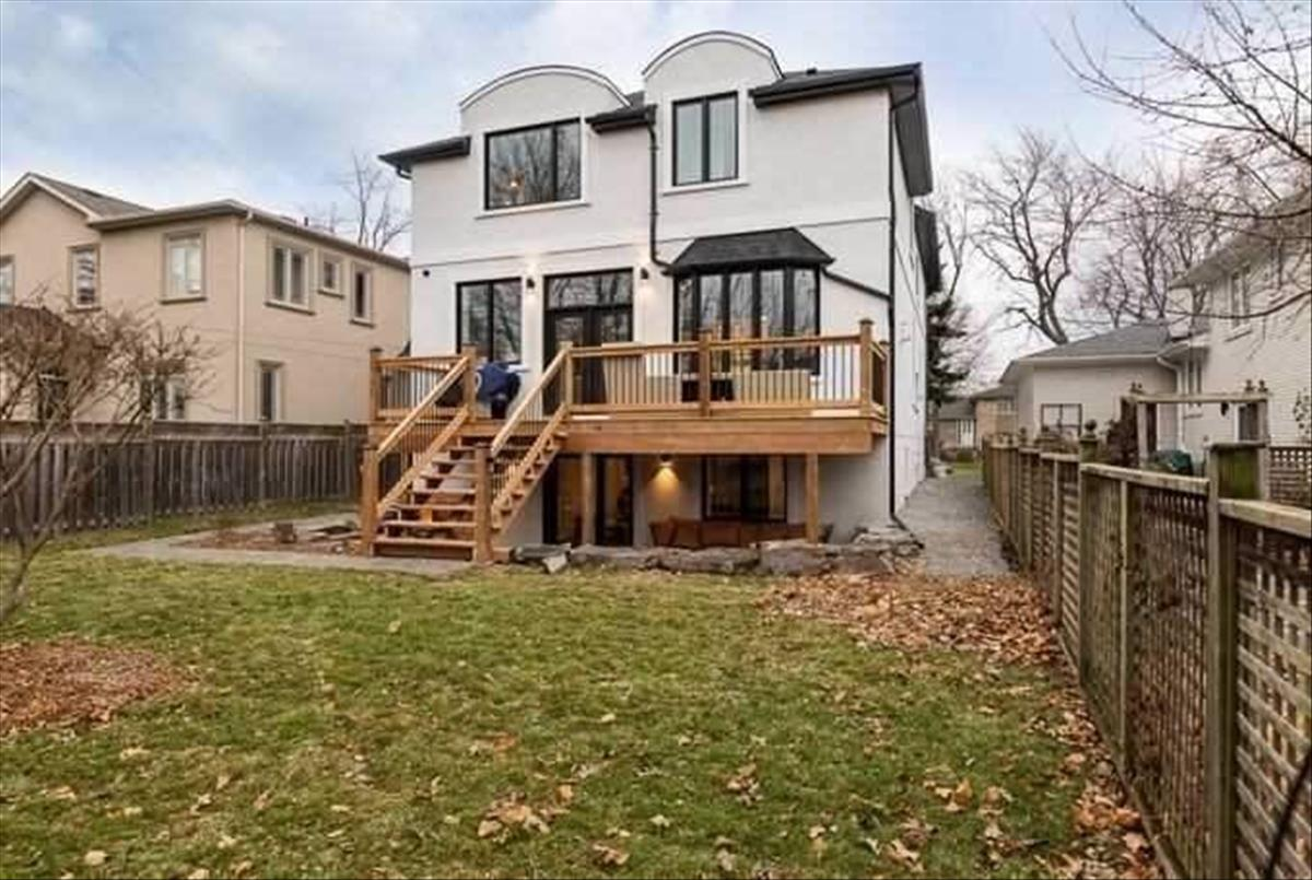330 Pleasant Ave Toronto Ahmed Akhtar