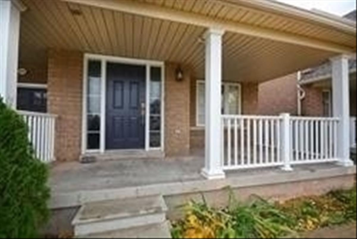 2276 Fairmount Dr Oakville Ahmed Akhtar